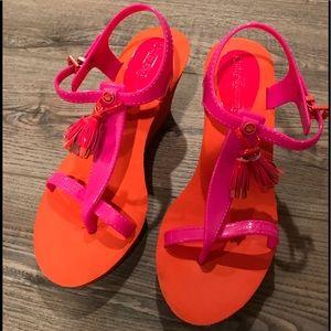 Super fun Juicy Couture foam wedge sandals 9M